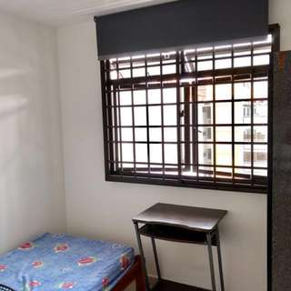 Bedok MRT high floor small room; no landlord; no agency fee; cooking allowed!