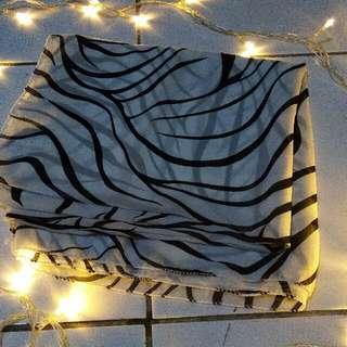 Segiempat Zebra Satin