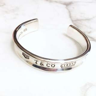 Tiffany&Co. Bangle (Authentic)
