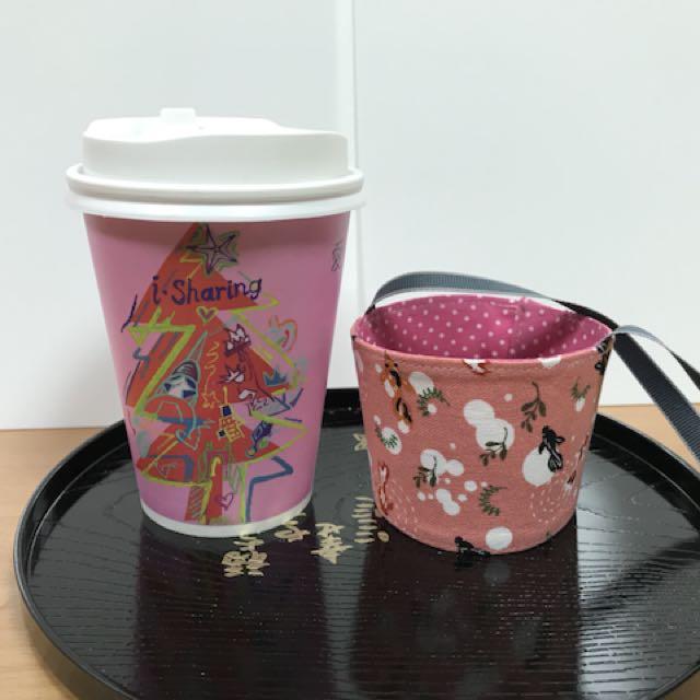 沛軒手作坊~(厚棉布)便利超商(大或中杯)咖啡杯套環保手提袋,尺寸最長12cm*高6cm提袋長度約30cm杯身高13公分