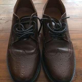 Sepatu kulit GUTEN INC