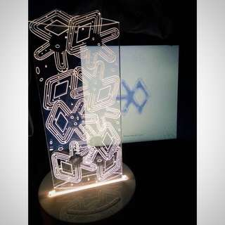 Exo Romantic Table Lamp