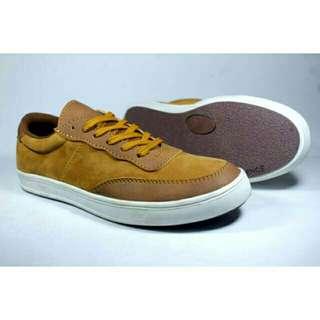 Sepatu Reborn / sepatu Casual