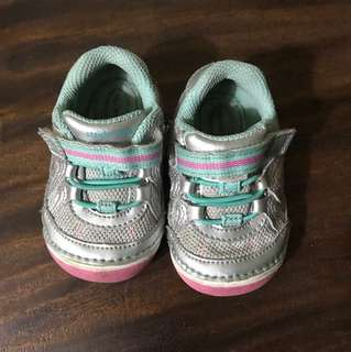 Baby shoes UK 3.5