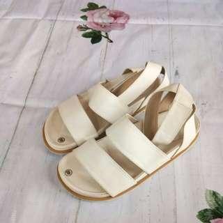 Reprice - Sepatu sandal tali bw