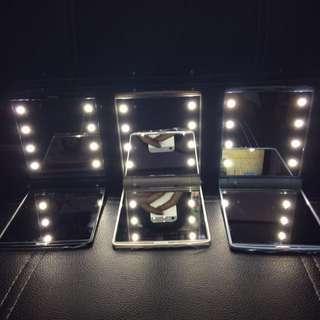 Vanity Compact Mirror | OP: ₱199