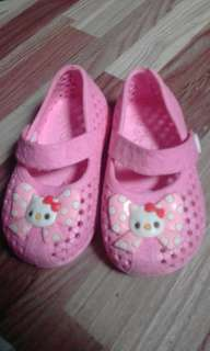 Hello Kitty Shoe