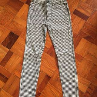 Uniqlo Houndstooth Jeggings S