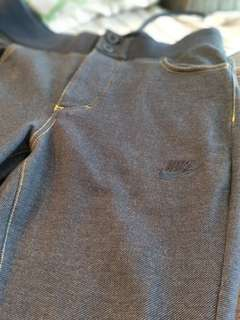 Authentic NIKE Limited edition sweat jogger pants!