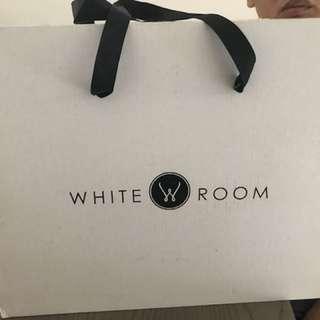 White Room Unisex Cotton Classic Robe - White L size