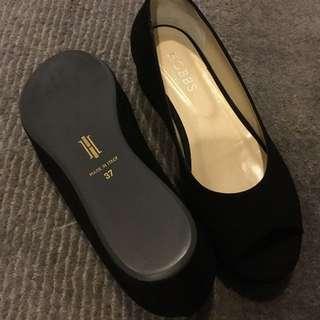 Hobbs wedges sandals