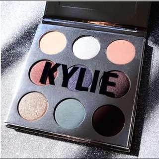 Kylie Holiday Kyshadow Eye Palette