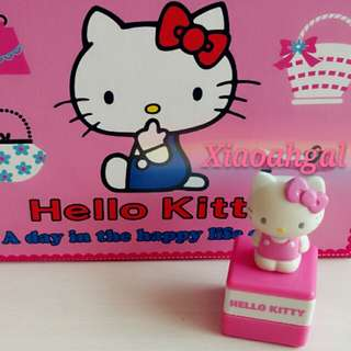 **RESERVE**🔴FOLLOWER DISCOUNT SALES!🔴🐰AUTHENTIC JAPAN BRAND NEW🐰 SANRIO ORIGINAL PINK HELLO KITTY FIGURINE STAMP/ CHOMP!! (Study/work/display/collection/Artcraft/Gift) No pet No smoker clean hse