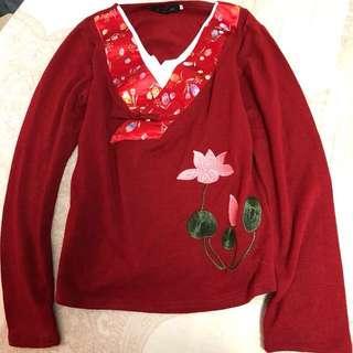 全新中國風民俗風圖騰緞面V領蓮花大紅色/黑色長袖T恤