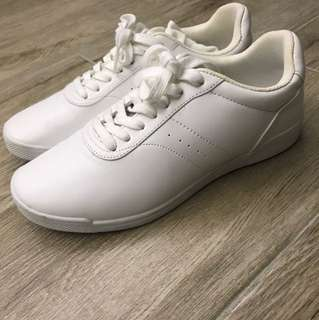 H&M Sporty shoes