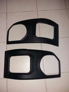 Hiace Headlight Cover E 4/5