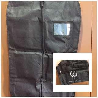 Suit/Amerkana sleeve-bag