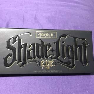 Kat Von D Shade + Light Contour Eye Palette