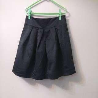 全新 FOREVER21 黑色短裙 M