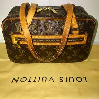 Authentic Vintage Louis Vuitton Shoulder Bag Cite MM
