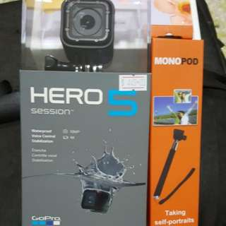 Hero 5 Session With Monopod