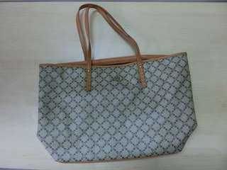 Cr 2 bag
