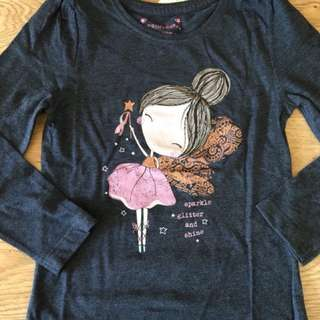 Primark 4-5yrs long sleeves tshirt