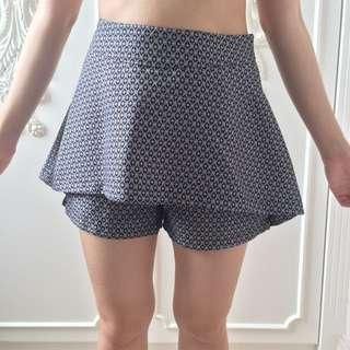 Love+Flair Short Pants