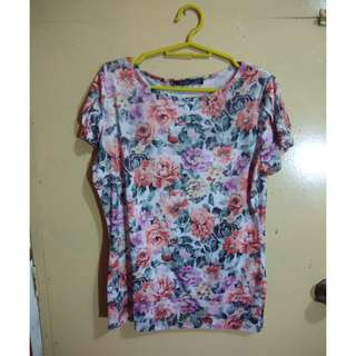 SO-EN Floral Sleeved Top (M)