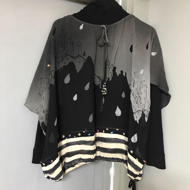 🈹️$350 ⇨ $280 Tsumori Chisato silk top