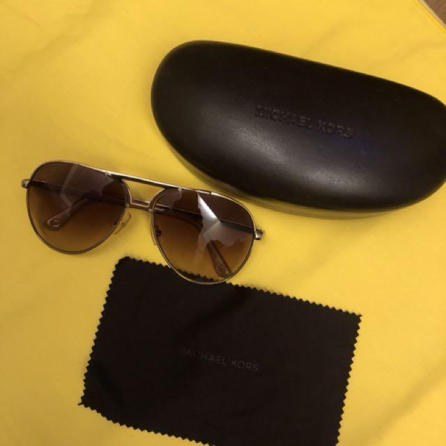 近全新 Michael Kors 太陽眼鏡 墨鏡