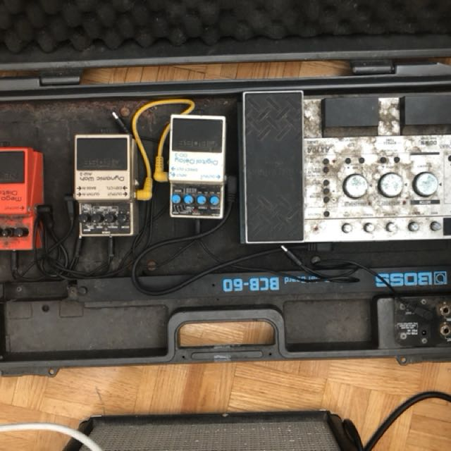 Assorted Pedals and Boss BD-60 board READ DESCRIPTION