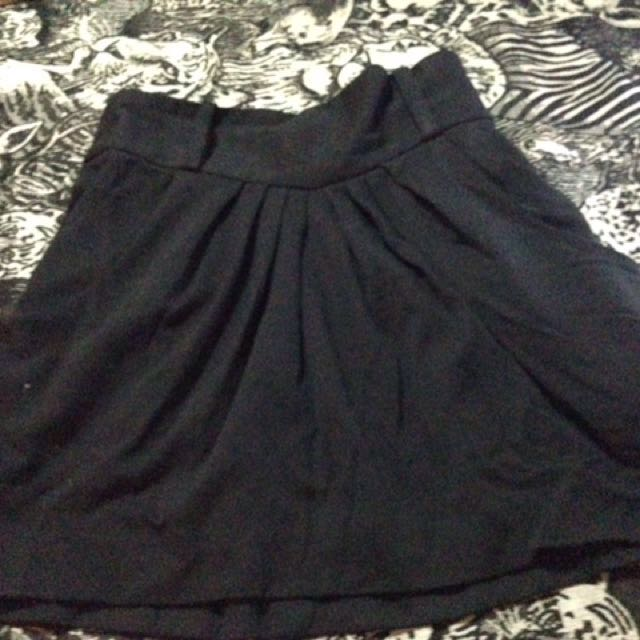 Black skirt from Japan size