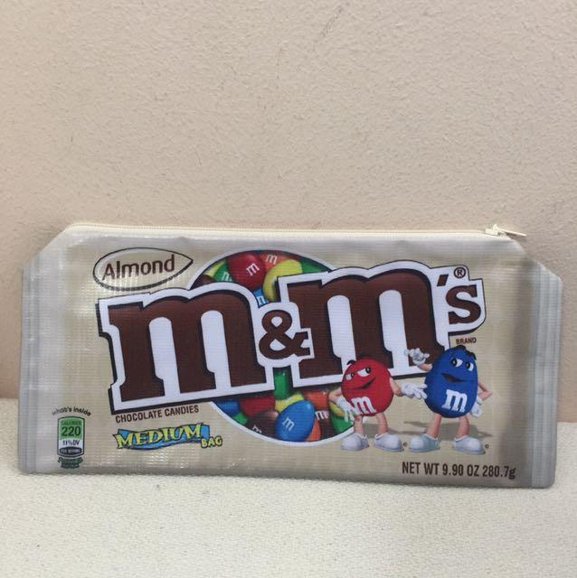 BN M&M pouch