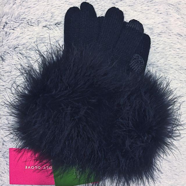 BNWT Kate Spade Pompom Gloves