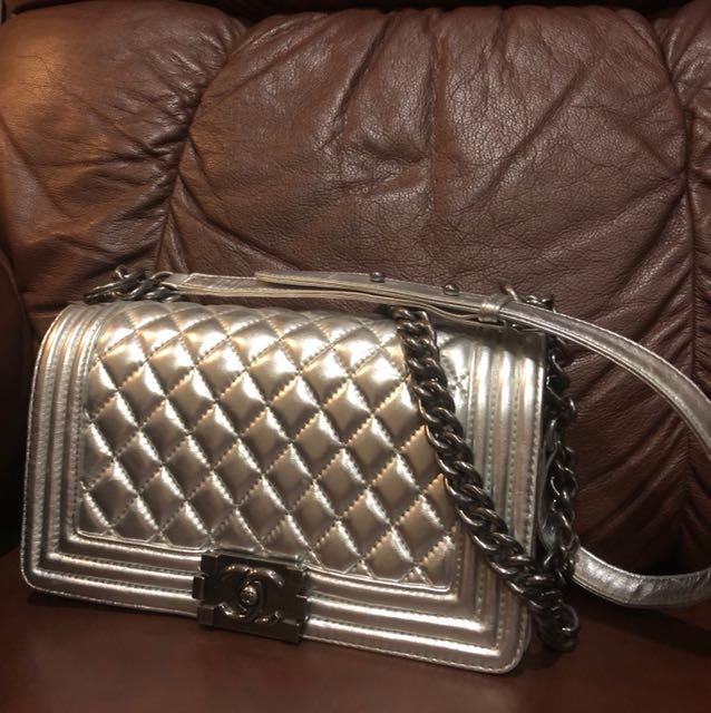 Chanel kw bag used