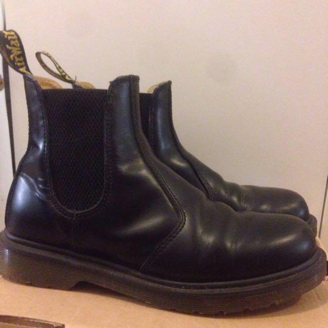 Dr Martens Black Chelsea Boot