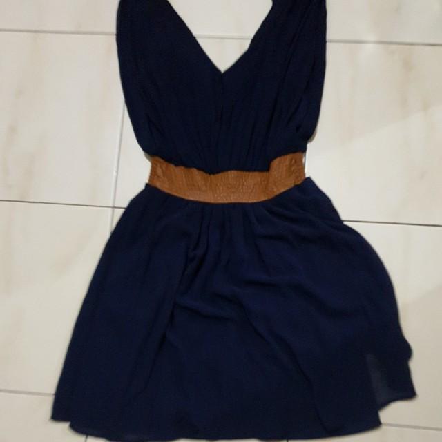 Dress pesta / gaun