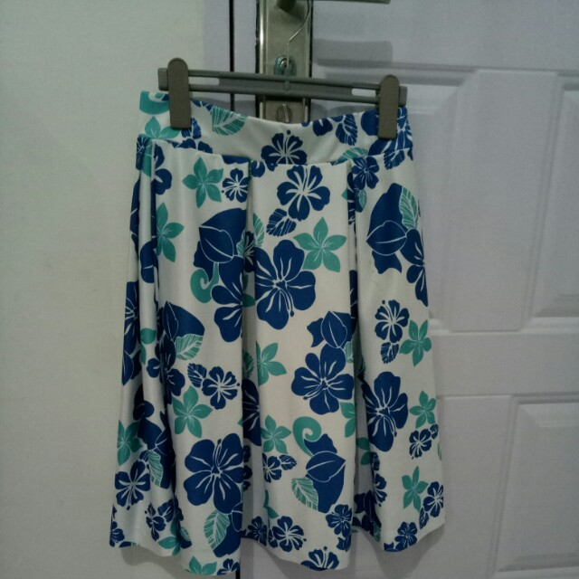 floral skirt pleated
