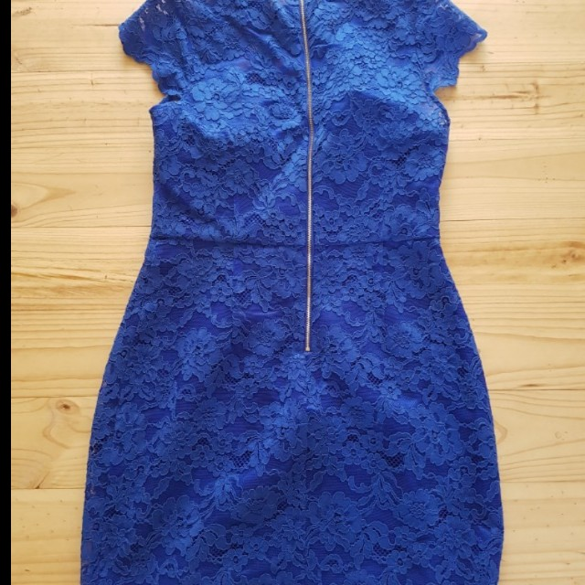 Forever new lace dress 12