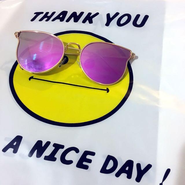 Gold Frame Sunglasses