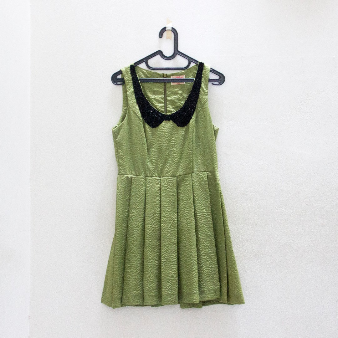 Green Faux Peter Pan Collar Dress