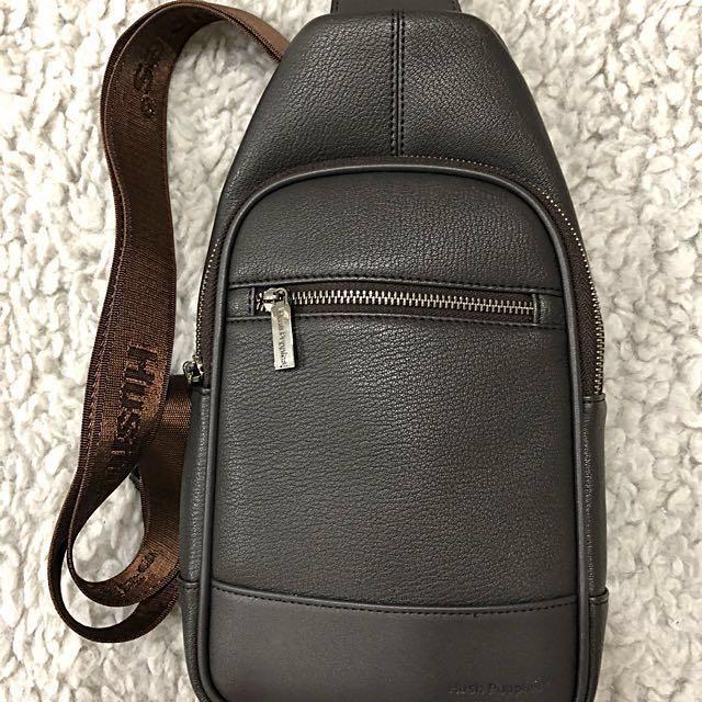 572829839 Hush Puppies Sling Bag (Grey), Men's Fashion, Bags & Wallets on ...