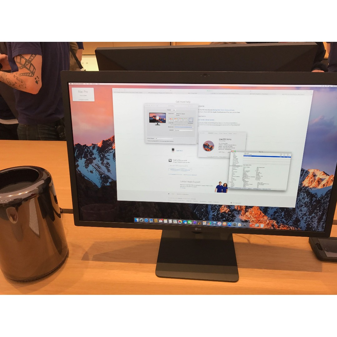 LG Ultrafine 27 in 5k monitor for MacBook and iMacs