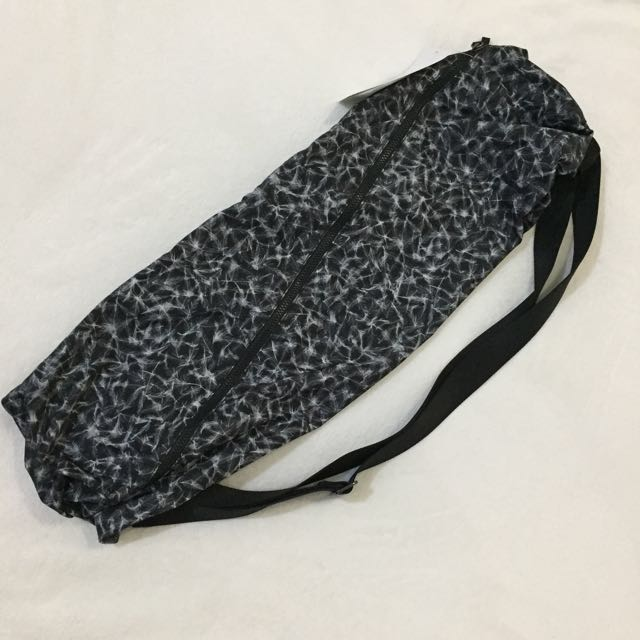 New! Original Lululemon Yoga Mat Bag