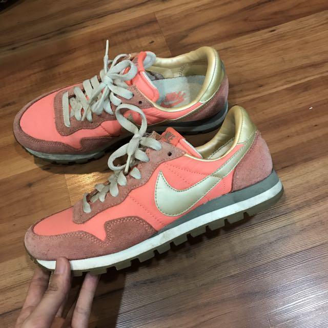 Nike 粉紅鞋