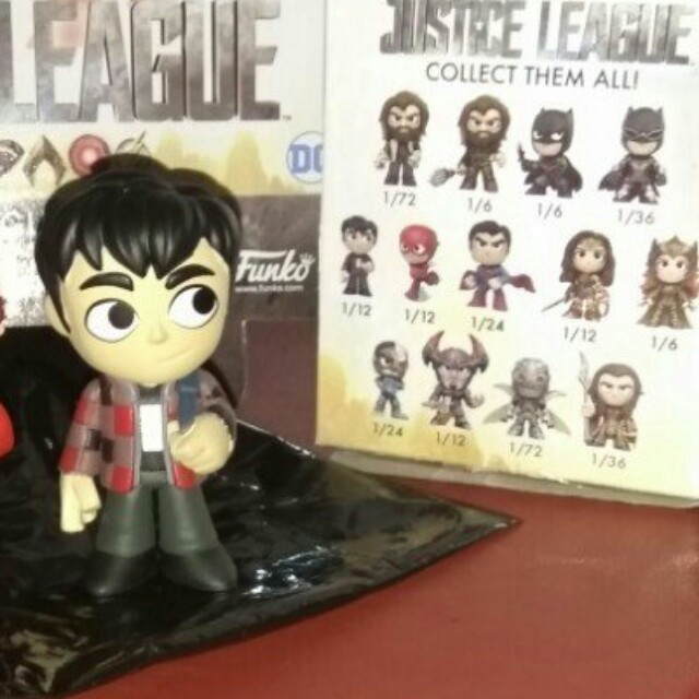 (ON HAND) Barry Allen Justice League DC Mystery Minis