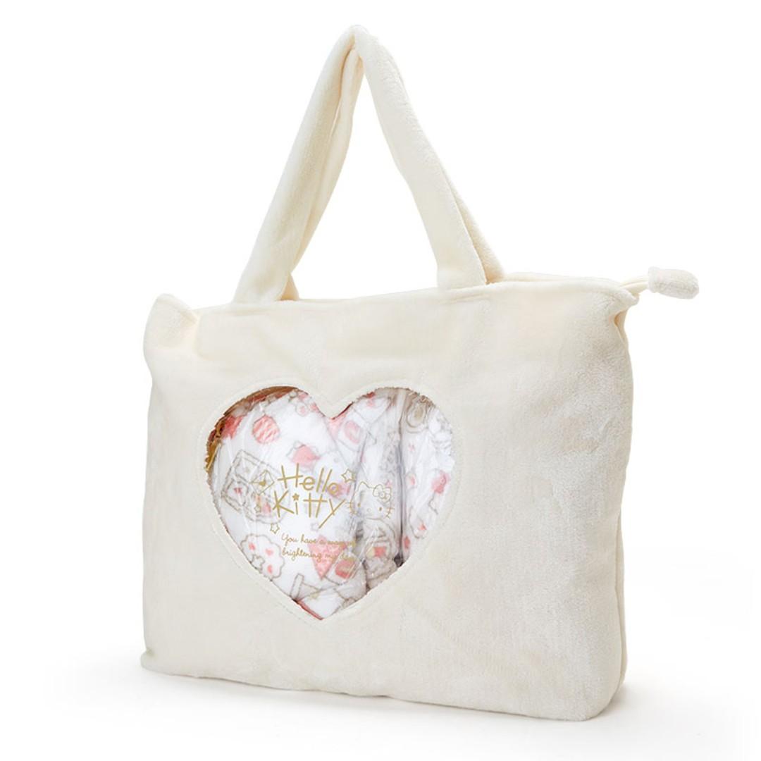 dfe9b9ab02bf  PO  Japan Sanrio Hello Kitty Fluffy House Code Lucky Bag
