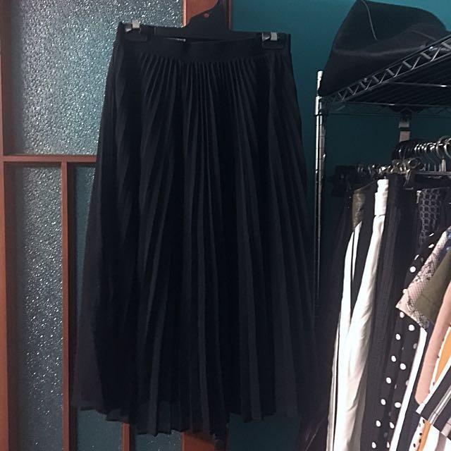Portmans Pleated Black Midi Skirt