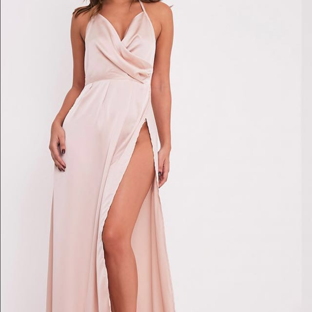 PrettyLittleThing Lucie Champagne Silky Plunge Extreme Slit Maxi ... b0d52413b